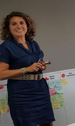 Demet Demirer-Değişim Mimarı-Mentor-Danışman-Koç-Eğitmen-Konuşmacı-İlham veren-Çevik Yönetim